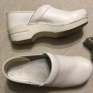 DANSKO Professional Shoes 41 White Clogs